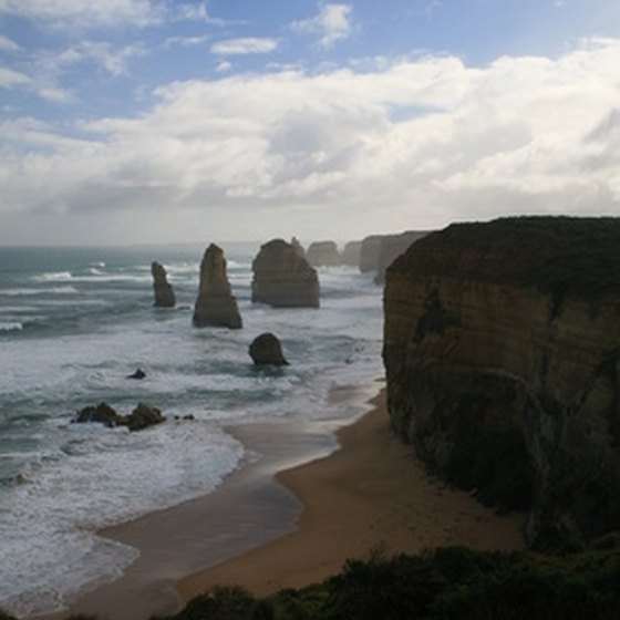 Choose a tour of Melbourne that includes the Twelve Apostles rocks.