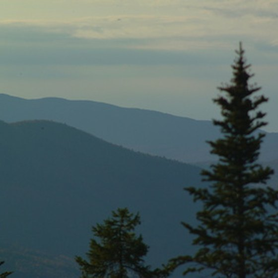 South Paris is located near Maine's White Mountains.