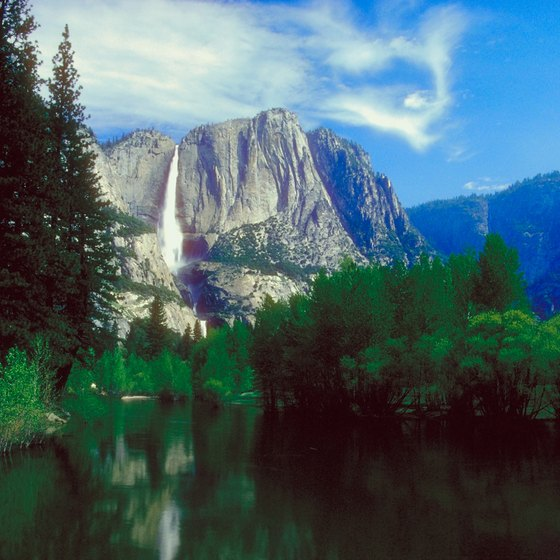 Yosemite National Park is close enough to Modesto for a weekend camping trip.