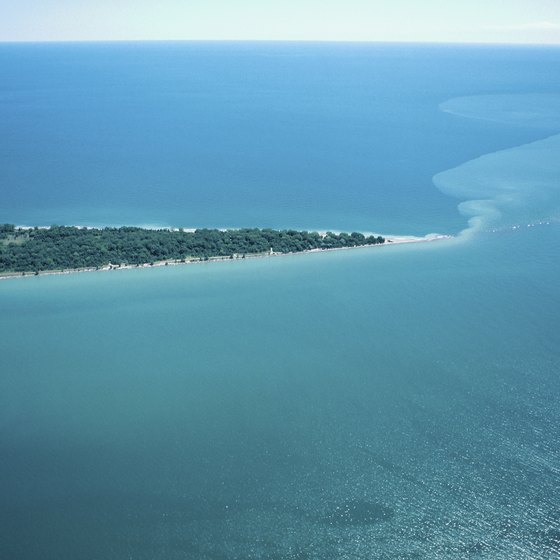 The shores of Lake Erie have a great many sandy and relaxing beaches.