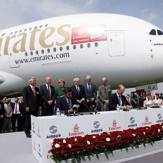 The Luggage Allowed on Emirates Airline | USA Today