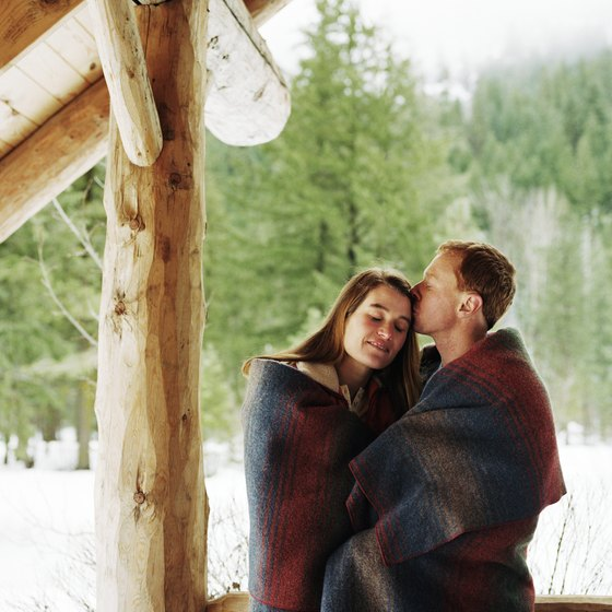 Secluded romantic cabins in michigan usa today for Michigan romantic cabins