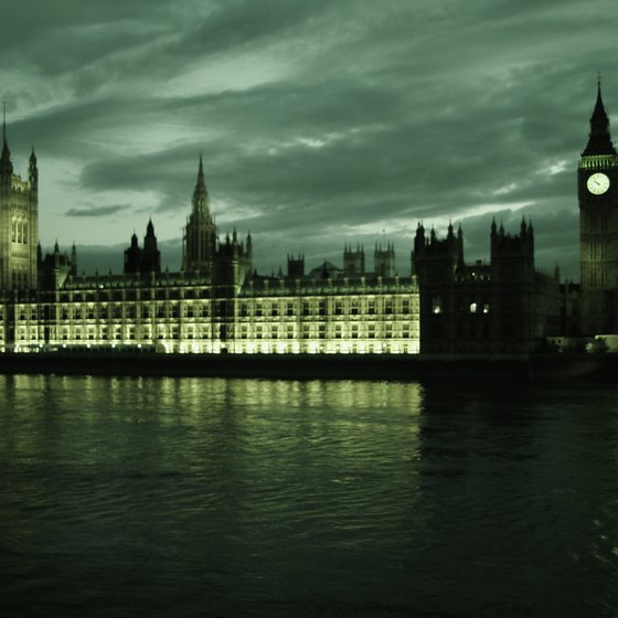 Big Ben and the Houses of Parliament are a few of the sites you can view from the River Thames.