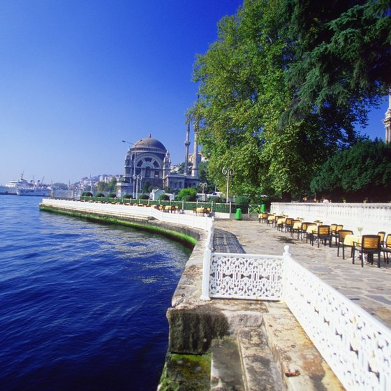 Turks love waterside cafes, like this one at Dolmabahçe Palace in Istanbul.