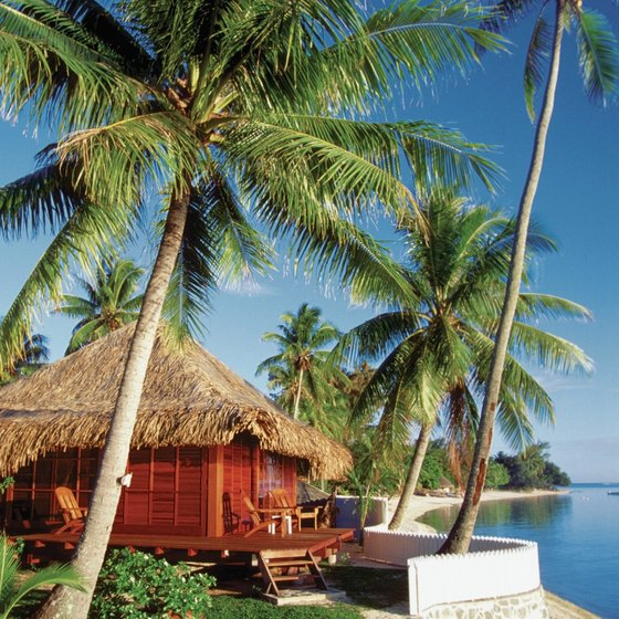 Staying in a hut makes you feel like a native islander.