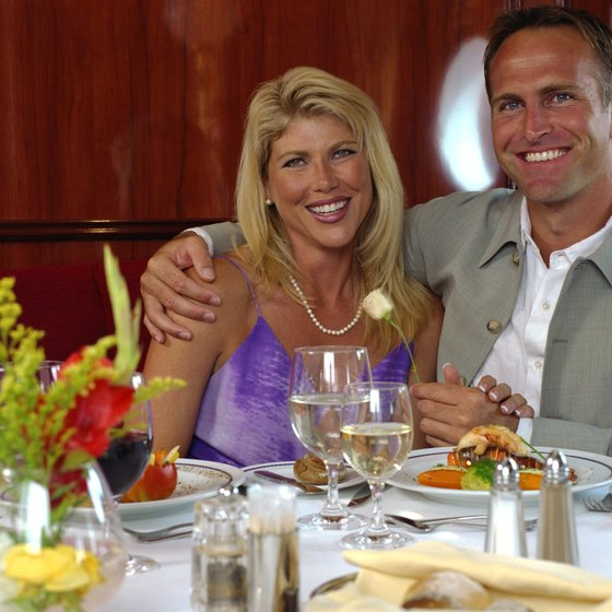 Enjoy a romantic meal together near Green Cove Springs.