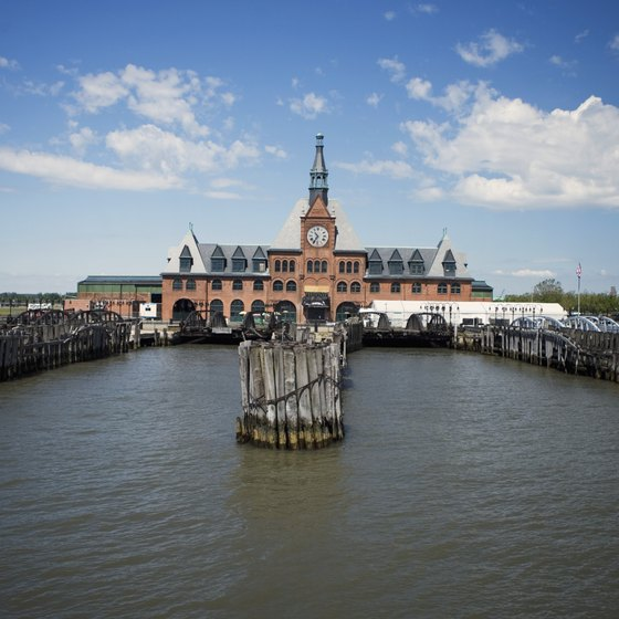 Dine at an authentic Italian restaurant just steps from the Staten Island Ferry Terminal.