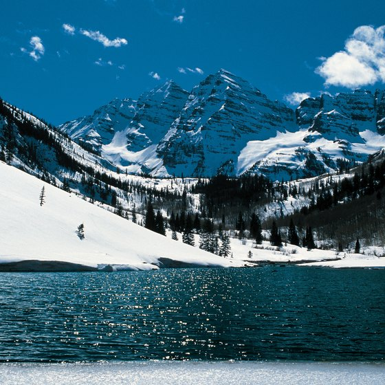 The Maroon Bells lake is a highly photographed Aspen attraction.