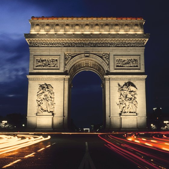Take the underground tunnel to reach the Arc de Triomphe in the middle of a busy traffic circle.