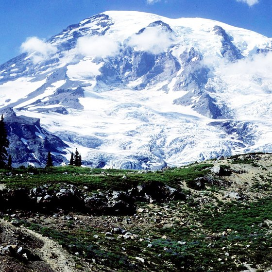 Mount Rainier is one of several active volcanoes in the Pacific Northwest.