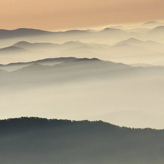 Sevierville lies within 20 minutes of Great Smoky Mountains National Park.