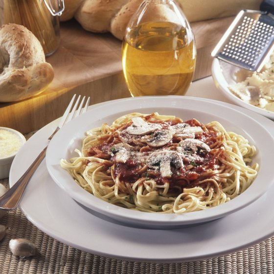 Enjoy an Italian pasta feast while staying at the King's Inn Motel of Wildwood, New Jersey.