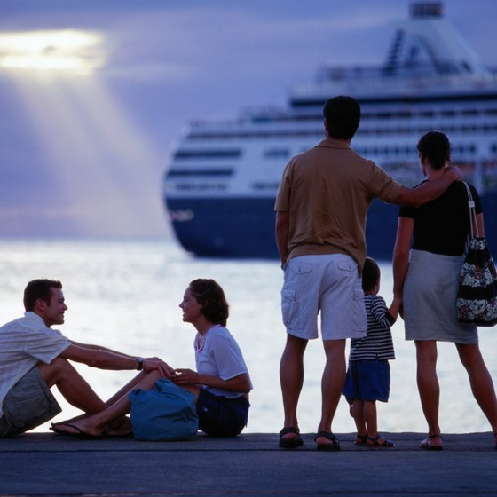 Most cruise liners ask passengers to return to the ship at least 30 minutes before departure.