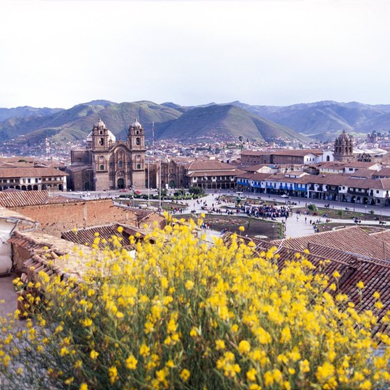 Prepare for variable temperatures at high altitudes in Cuzco.