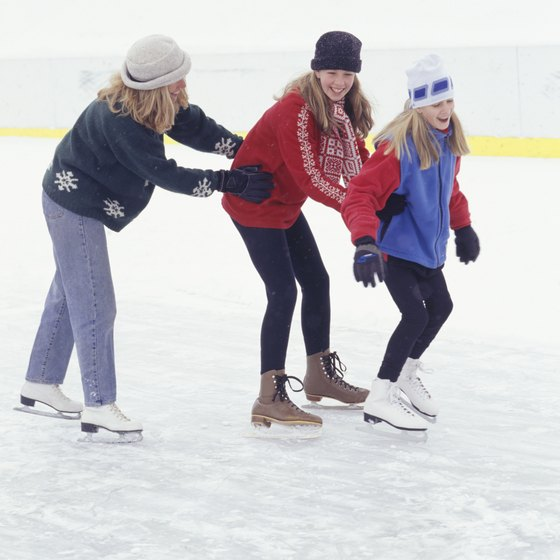 Both indoor and outdoor ice skating rinks are in Middlesex County, New Jersey.