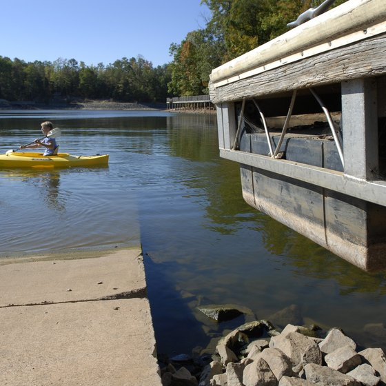 Lake Wylie, along the North Carolina-South Carolina border, provides an array of recreational activities, including kayaking.