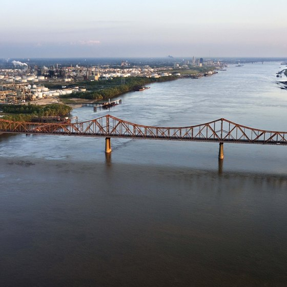 The Mississippi River flows through Baton Rouge.