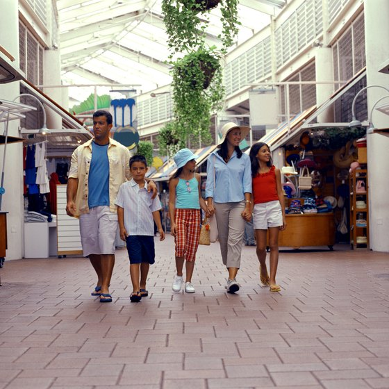 Broward County offers a variety of shopping malls.