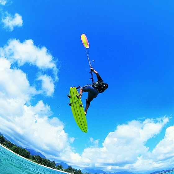 Cozumel offers opportunities to learn kite surfing.