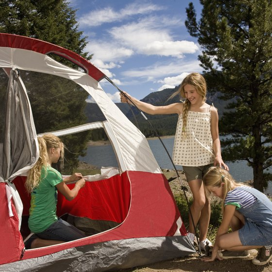 Colorado has hundreds of lakeside campgrounds and campsites for backpackers.