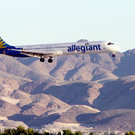 All items that you bring aboard Allegiant planes must meet size requirements.