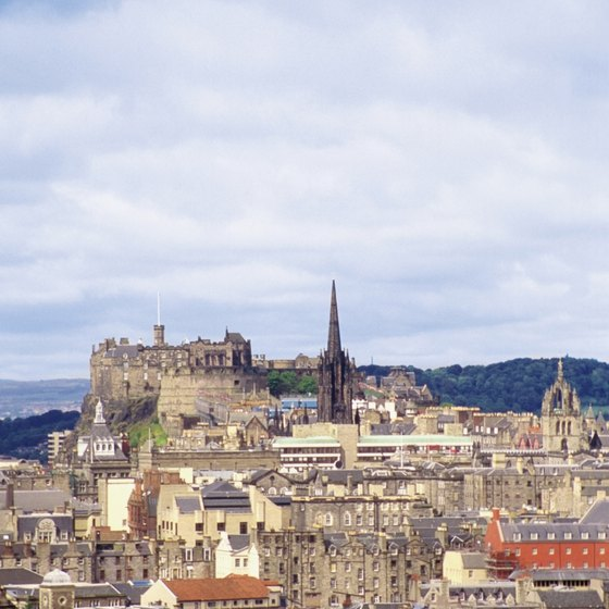 Edinburgh's status as one of the largest cities in Scotland makes it an easy travel destination.