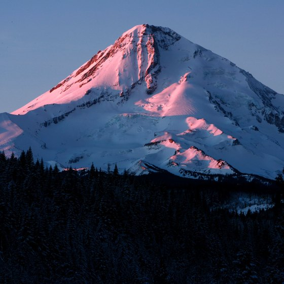 Mount Hood, the highest point in Oregon, is the destination of the Mount Hood Railroad excursion trains.