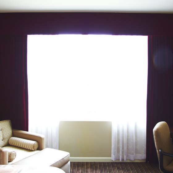 Stay at a nearby Queens hotel to eliminate traffic time and tolls.