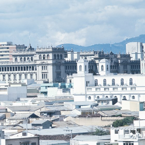 A tour around Guatemala City takes you past the city's most important buildings.