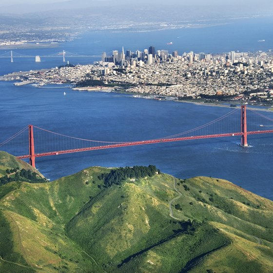 The northern coast of San Francisco offers a few hotels.