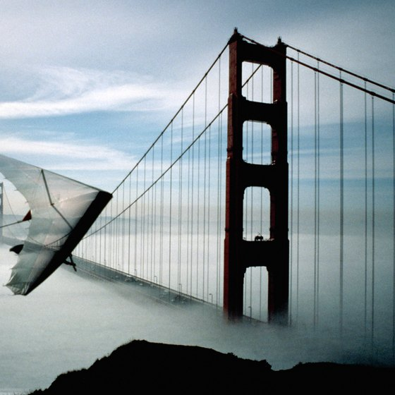 Soar with the San Francisco Hang Gliding Center.