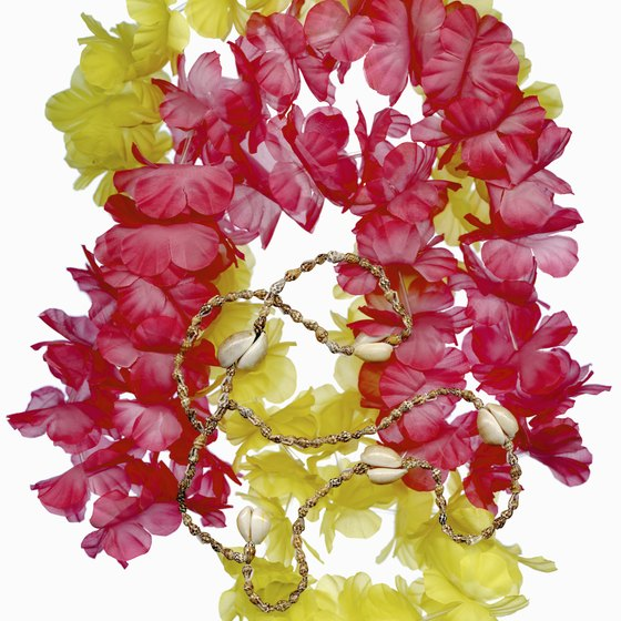 Each Hawaiian island has its official color, usually matching the official flower.