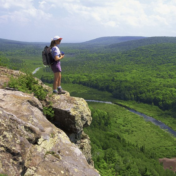 River bluffs create many climbing opportunities in Minnesota and Wisconsin.
