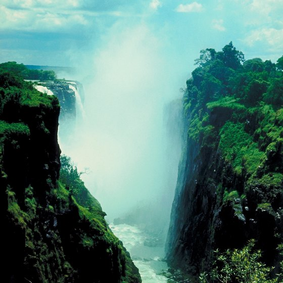 Victoria Falls in Zimbabwe offers stunningly beautiful views.