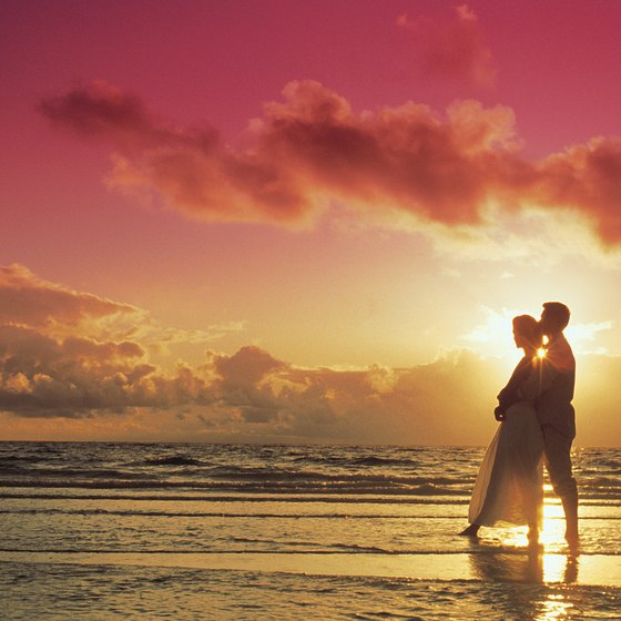 Atlantic Beach offers options for couples seeking romance.