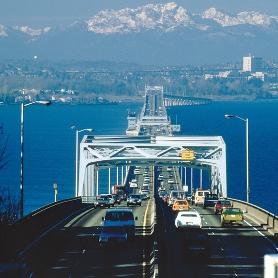 520 Floating Bridge provides access from Seattle to the Eastside near Bothell.