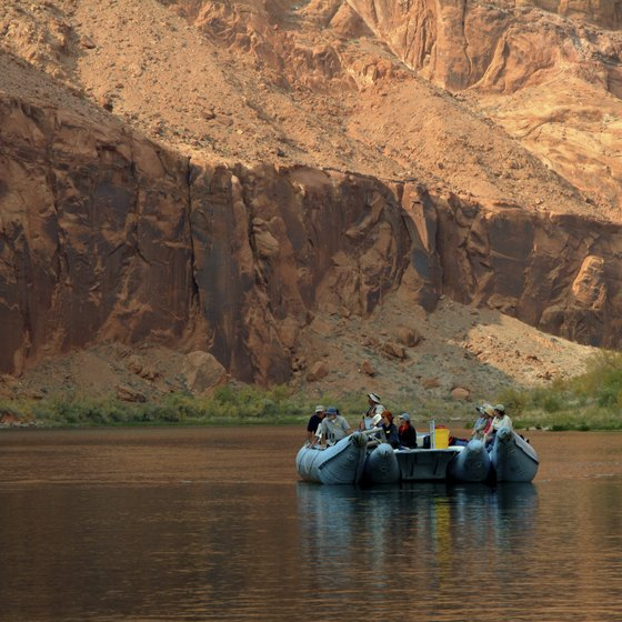 Glen Canyon Float Trips In Arizona