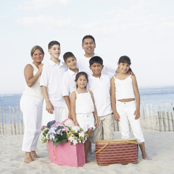 Wildwood offers several lodging options for large families.