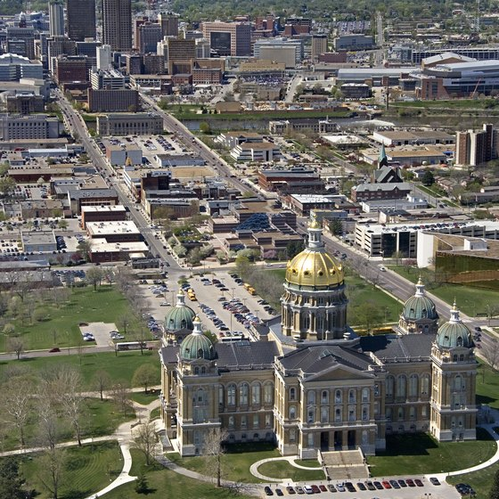 View of the Iowa State Capitol Building in Des Moines