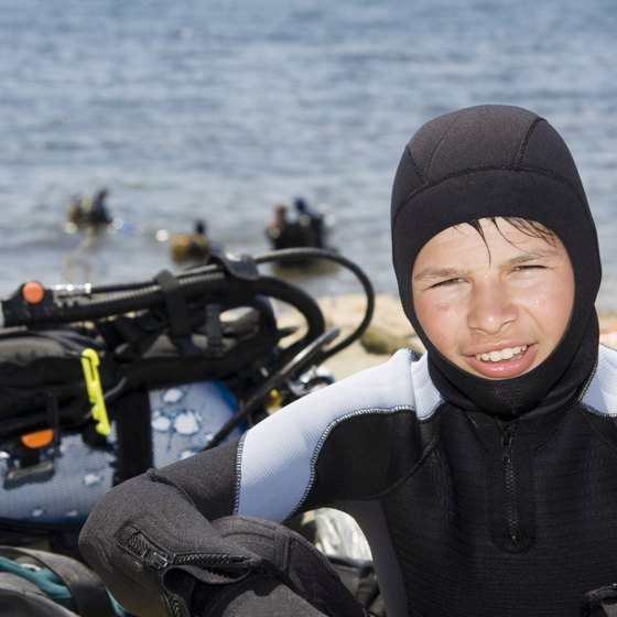 Join scuba classes to meet other teens.