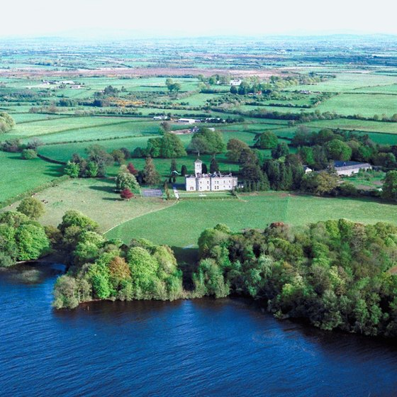 The Shannon River winds through the Irish countryside.