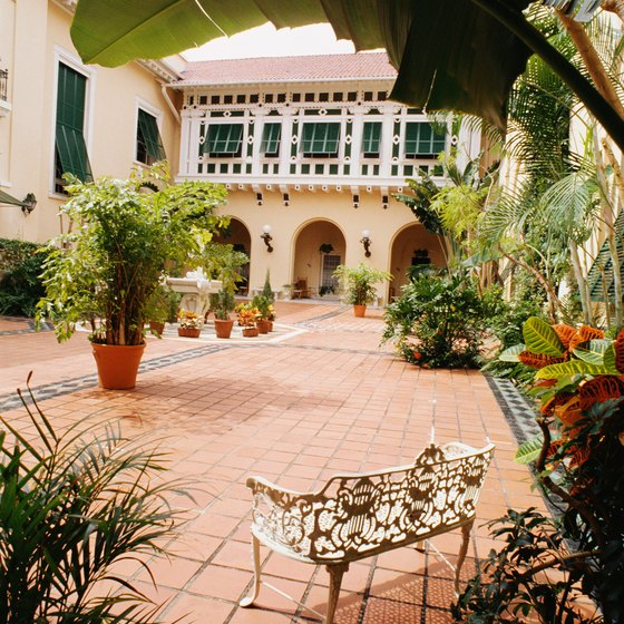 The Flagler mansion's interior courtyard afforded the family privacy.