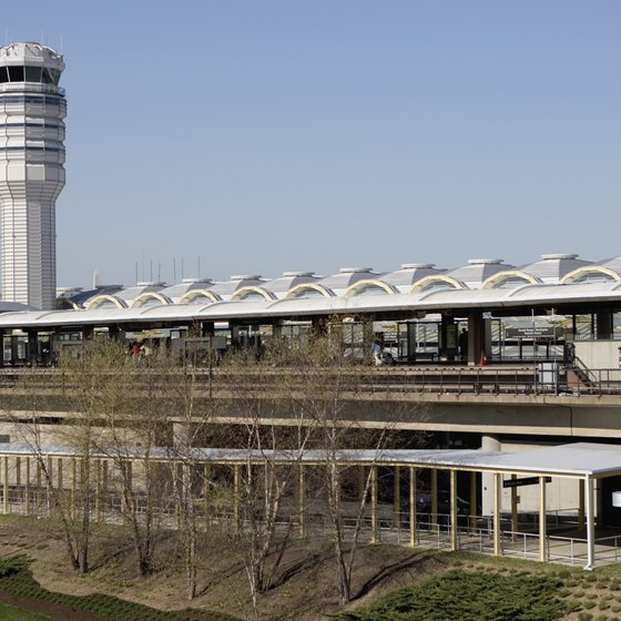 Last-minute shoppers can choose from four malls in easy access of Reagan National Airport.