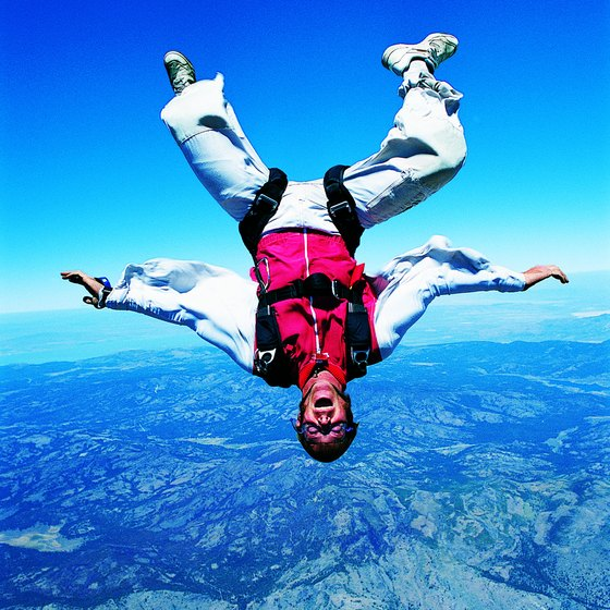 Solo jumps are also called Accelerated Freefall jumps.