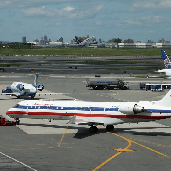 How to Get a Wheelchair on American Airlines | USA Today