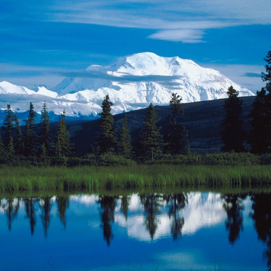 Denali State Park offers lakes and stunning views of Mount McKinley.