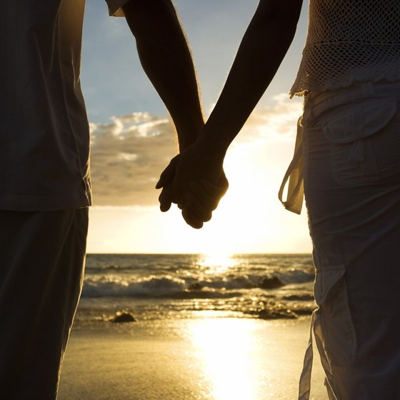 Low cost romantic vacations usa today for Couples vacations in usa