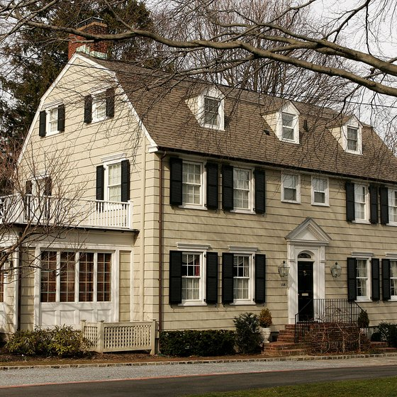 In 2008, TIME magazine listed this Amityville home as one of the top 10 most haunted places.