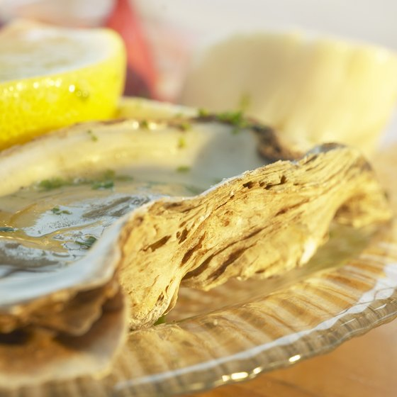 Diners can find raw oysters on Long Island.