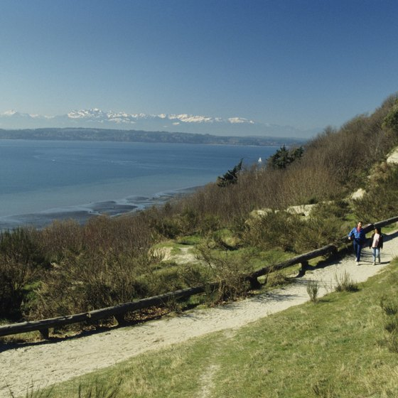 Seattle's Discovery Park offers views of the nearby mountain ranges.